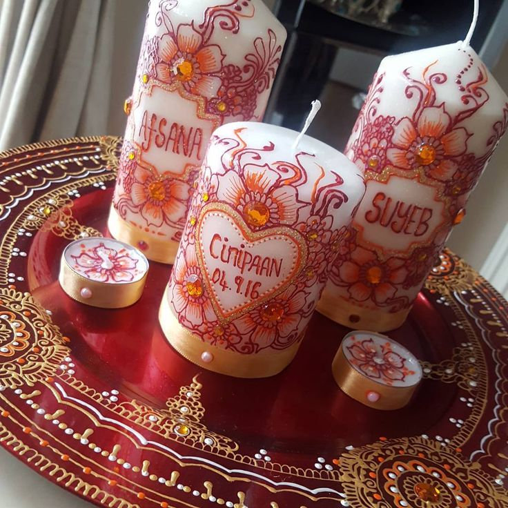 Orange and red theme #hennaboutiique#cinifaan#engagement #instadaily #instagood #mehndidesign #mendhi #art #thaal #hamper #groom #bride #bridal #custom #personalised #plate #present #gift#asiana#wedding#bengali