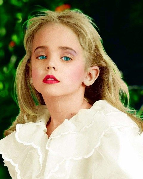 New DNA evidence has surfaced in the unsolved murder of child beauty queen JonBenét Ramsey, The National ENQUIRER has learned exclusively.The evidence has been uncovered by a group of retired...