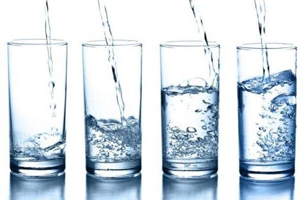 매일 물 1ℓ 섭취→1년에 '체중 2㎏' 감소