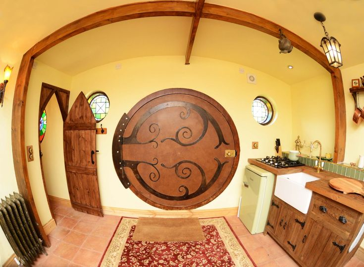 Hobbit Interior Design best 25+ hobbit houses ideas on pinterest | hobbit home, hobbit