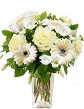 bílá kytice