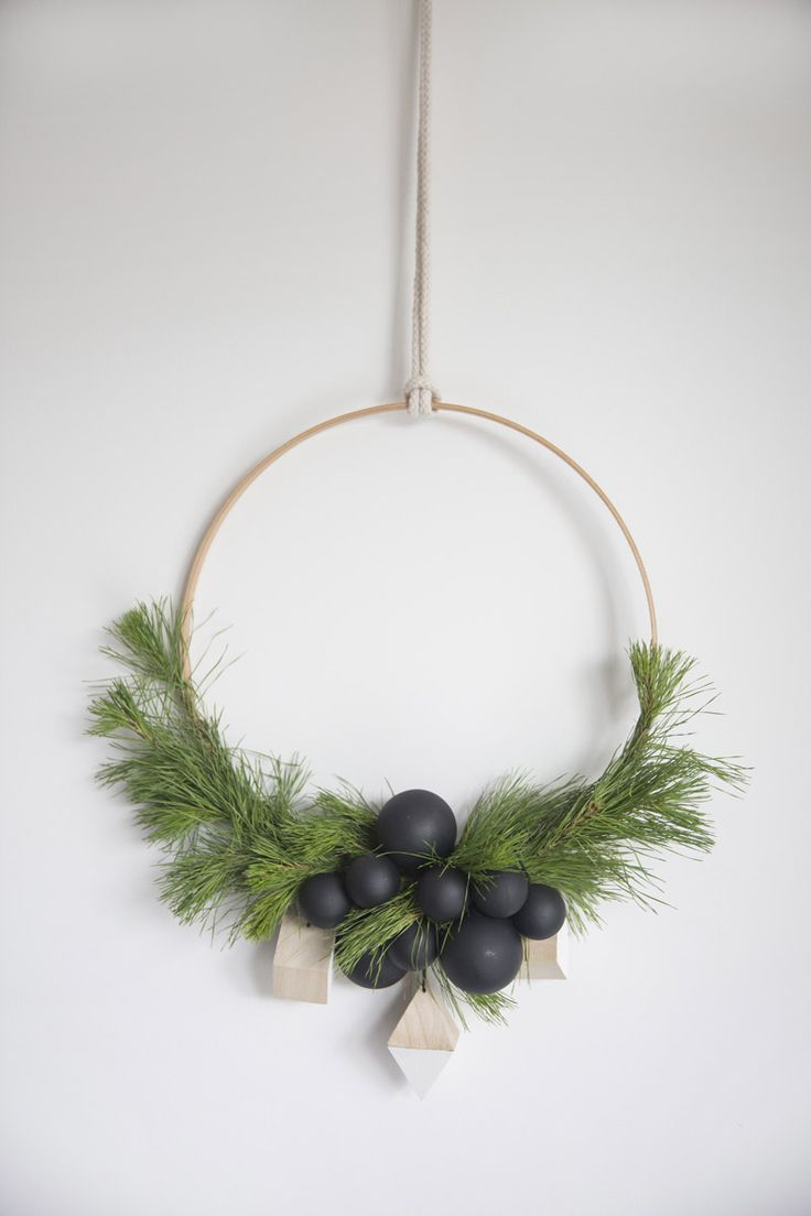HOW TO MAKE A CHRISTMAS WREATH MINIMALIST? cleo-inspire BLOG