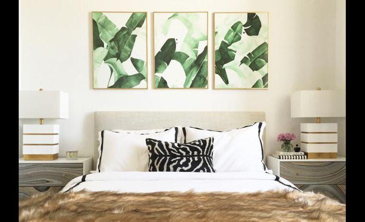 Vous avez des retailles de papier peint? Découpez quelques morceaux que vous encadrerez dans des cadres identiques. Idéal au-dessus du lit ou du canapé!