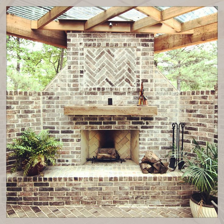 1000 ideas about Outdoor Fireplace Brick on Pinterest