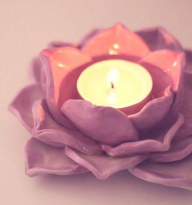 DIY gorgoeous lotus candle holders with air drying clay // Lótuszvirág alakú mécsestartók levegőn száradó gyurmával // Mindy - craft tutorial collection