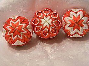 Dekorácie - vianočné ozdoby 57 - 6cm + dóza - 4528081_