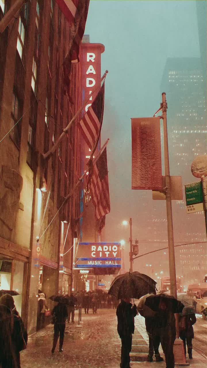 Haley Bennett Haley Bennettttt On Tiktok Christmas In Nyc Fyp Foryoupage Christmas Christmastiktok Christm New York Fotografi Perjalanan Fotografi