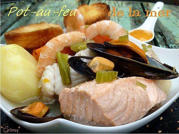 - rincez soigneusement les parures de poissons puis pilez-les grossièrement - déposez-les dans une grande marmite avec les oignons dont 1 sera piqué des clous de girofle, l'ail, le poivre et le bouquet garni puis couvrez le tout avec l'eau et le vin...
