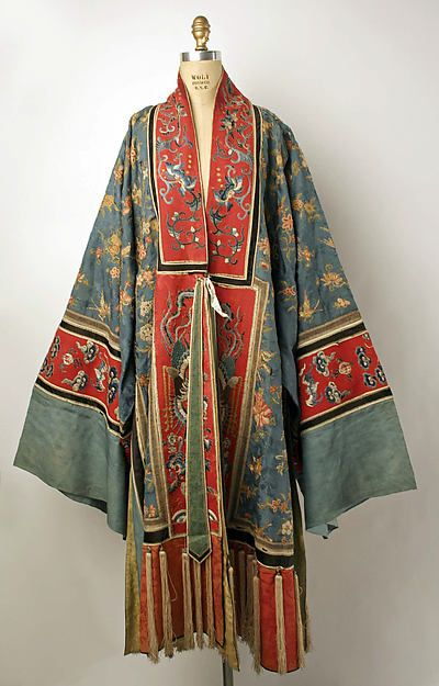 Robe Date: 1800–1940 Culture: Chinese Medium: silk, metal, cotton Dimensions: Length: 56 in. (142.2 cm)