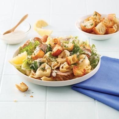 Tortellinis au porc et salade César - Soupers de semaine - Recettes 5-15 - Recettes express 5/15 - Pratico Pratique