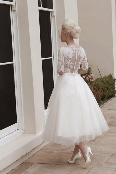 backless dress, tea length,retro style
