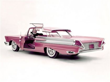 1956 Mercury XM-Turnpike Cruiser – concept car.