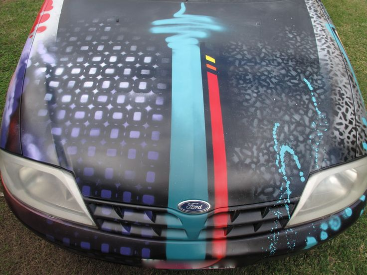 Customise your ride with a splash of colour. #aerosolart #custom #graffiti #car #ute