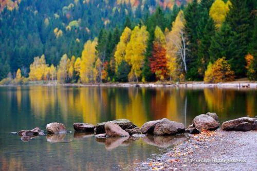 Lacul Sfanta Ana    Foto: Mircea Bezergheanu    Surprising Romania - Impreuna promovam frumusetile Romaniei!