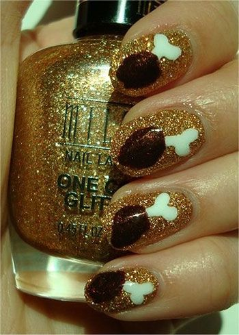 Thanksgiving nails...oh my goodness, no. Just no. Turkey legs as decor for your nails? Nope, pretty sure you should leave those for the Thanksgiving dinner.