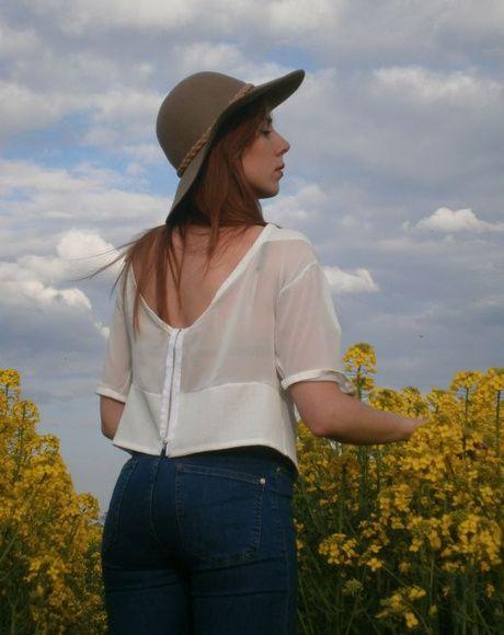 perfect summer blouse see on www.otiweramszafe.blogspot.com