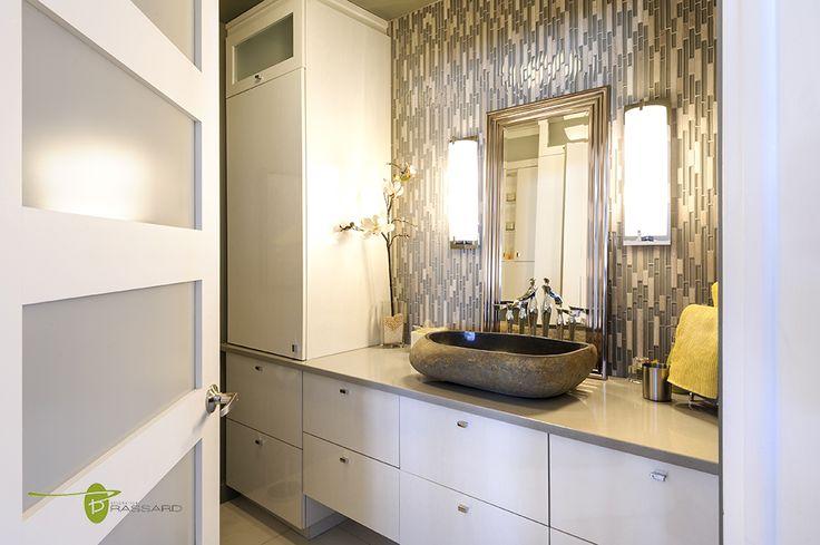 Voici des concepts uniques comme vous!! vasque de pierre, armoires de salle de bain contemporaines