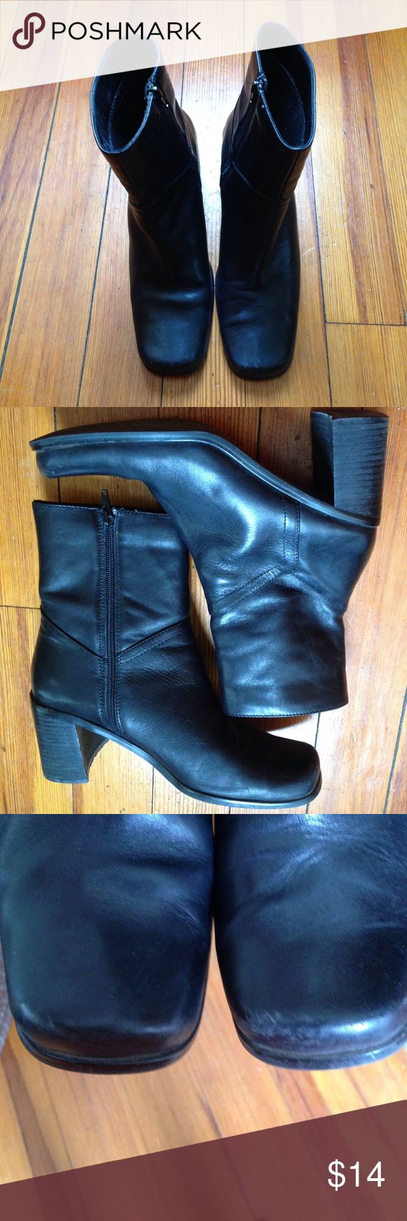 """Bass Black Boots Bass black side zip boots. Sz 9 1/2. Has about 2 1/2"""" heels. Excellent condition...does have a slight scuff mark on left foot boot as shown in 3rd picture. Leather Upper Balance Man Made. Bass Shoes Heeled Boots"""