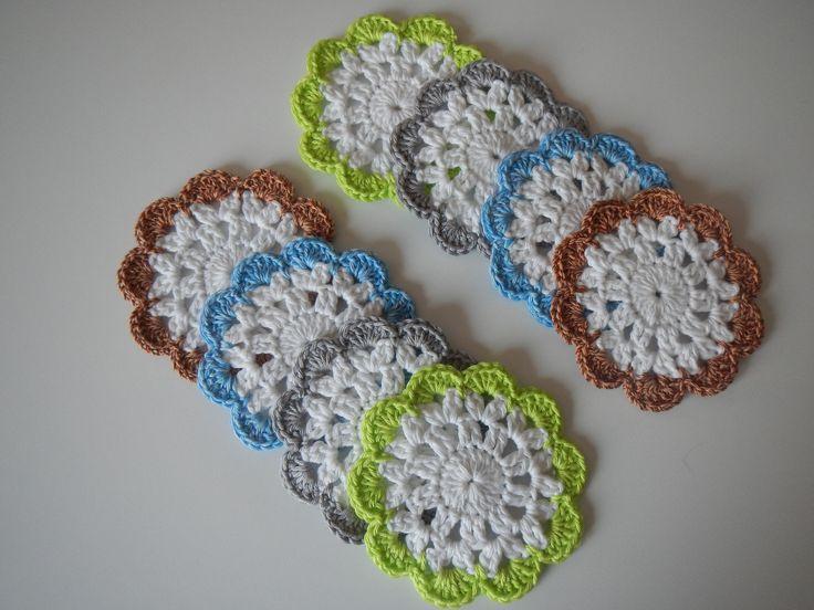 17 meilleures id es propos de napperons au crochet sur pinterest napperons napperons de. Black Bedroom Furniture Sets. Home Design Ideas
