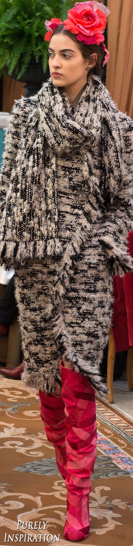 Best 25+ Chanel fashion show ideas on Pinterest | Chanel fashion ...