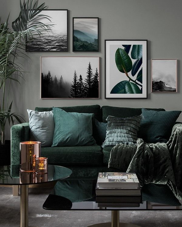 Inspiration for beautiful living room picture wall with posters