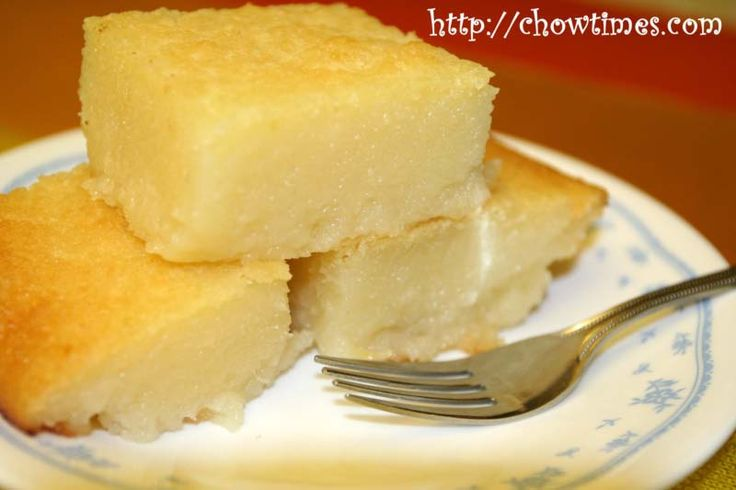 Cassava Cake is another dessert cake commonly found in the morning market in Malaysia. I've been searching for the recipe and found a few variations which some involve steaming the cake first before baking them. Then I remembered my friend Jessica who brought the Cassava Cake for last year's Chinese New Year gathering. So I got this recipe from her which is the simplest Cassava Cake recipe of all.