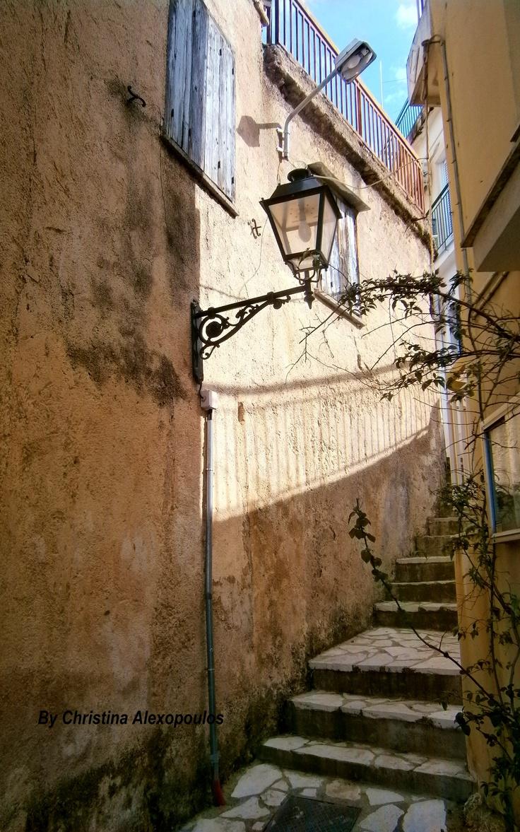 Castle neighborhood, Patra, Greece (by Christina Alexopoulos)