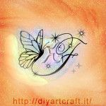 Farfalla e maiuscola F con scintille idea tattoo diyartcraft.it