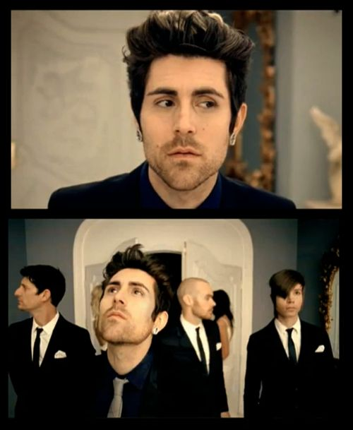 davey havok ~ AFI: beautiful thieves