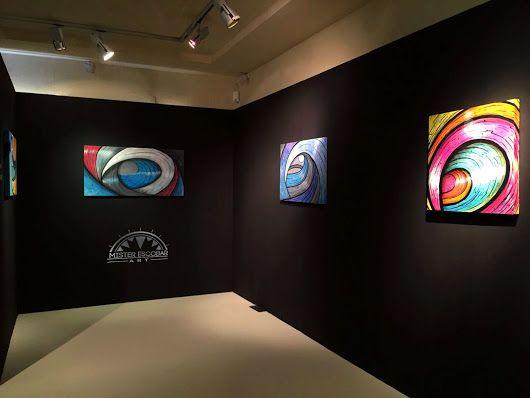 Exposición del artista plastico Mister Escobar en Italia 2016 surf art olas yuxtapuestas #waves #artpiece #escobart