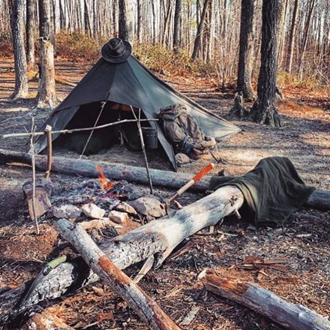 Heading into the wild this weekend? What can we say - we just love these tarp…