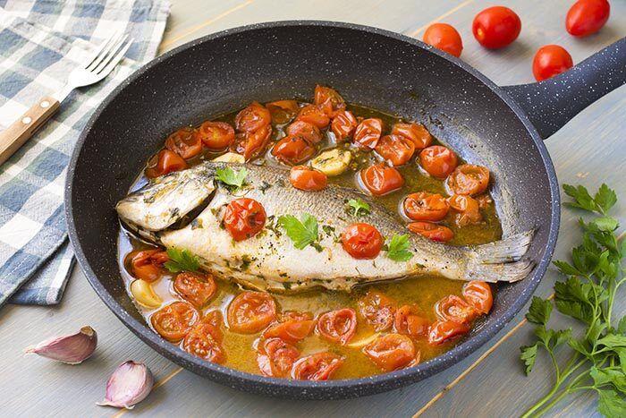 Ricetta Orata Di Benedetta Rossi.10 Ricette Perfette Per Il Rientro Dalle Vacanze Fatto In Casa Da Benedetta Ricette Cucinare Il Pesce Ricette Di Cucina