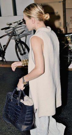 Olsens Anonymous Blog Style Fashion Ashley Olsen Twins Sleeveless Sweater Low Bun Gold Bangle Bracelets The Row Croc Bag