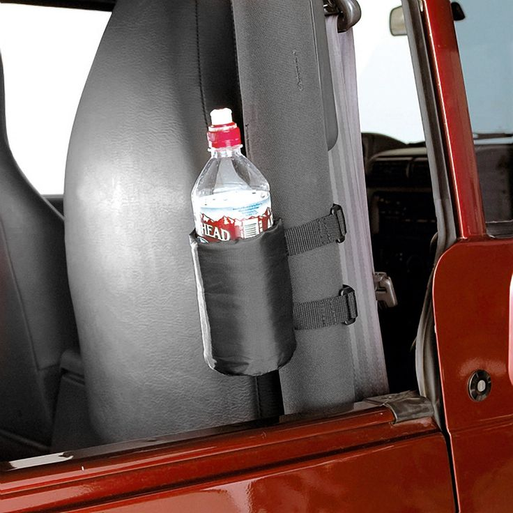 Quickly places a convenient drink holder anywhere along your Jeeps Sport Bars. Padded nylon drink holders attach with quick release hook and loop straps and hold a variety of cups and water bottle sizes. Foam insulation keeps your favorite beverage cool in the hot summer sun.