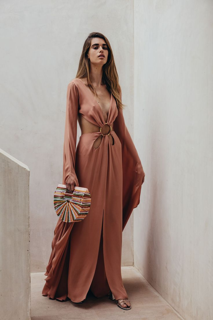 Cult Gaia Resort 2018 Lookbook, Runway, Collections at TheImpression.com - Fashion news, street style, models, backstage, accessories