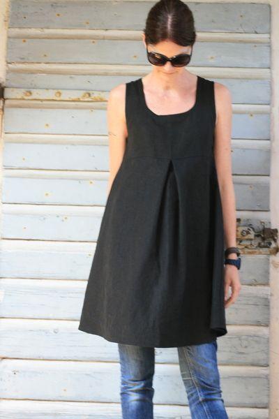 Kurzes Sommerkleid aus der neuen LoRe!Lai Damenkollektion, Modell Summertime im Empirestil.  Das Kleidchen ist aus wunderschönem hochwertigem Biole...