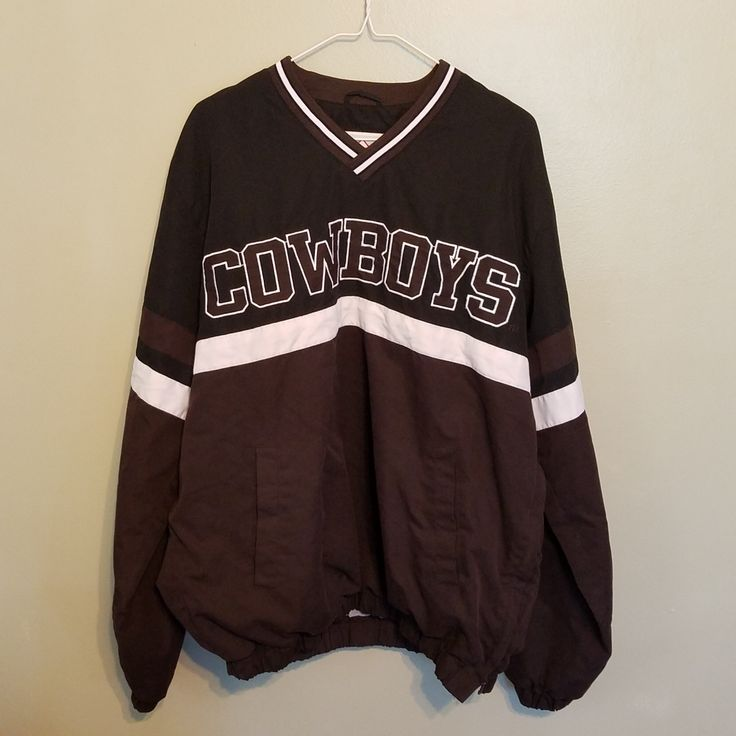 WYOMING COWBOYS PULL OVER JACKET SIZE LARGE ADULT