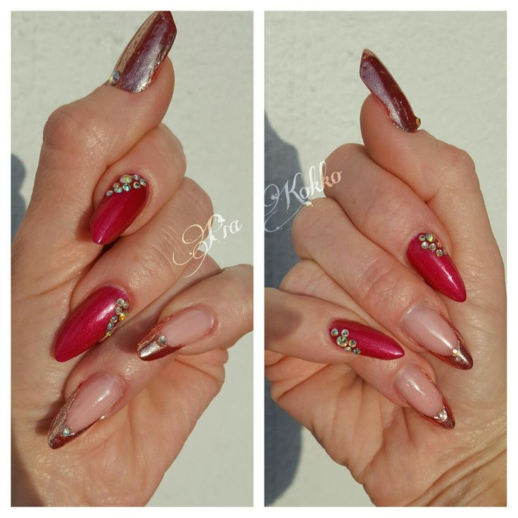 #glitterwine #red #chrome #abdiamonds #uvgel #nailart #mosaic #mosaicnailsystems #passionfornails