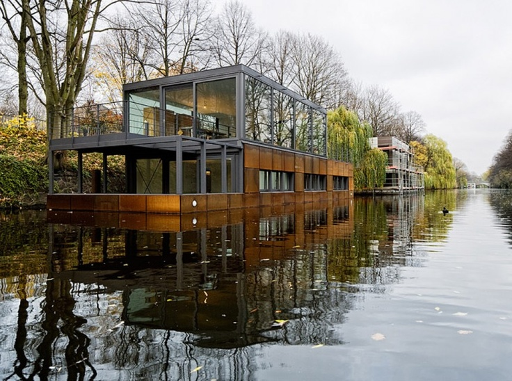 11 best houseboats images on pinterest houseboats. Black Bedroom Furniture Sets. Home Design Ideas