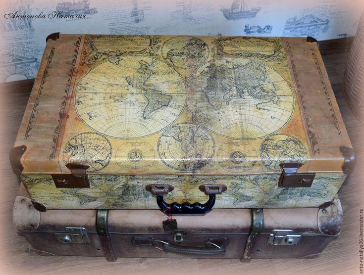 """Купить Чемодан """"Путешествую по старым картам"""" - чемодан декупаж, чемодан, большой чемодан, путешествие, старинные карты"""