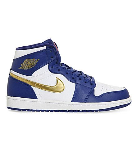 NIKE Air Jordan 1 Retro Hight-Top Trainers. #nike #shoes #trainers
