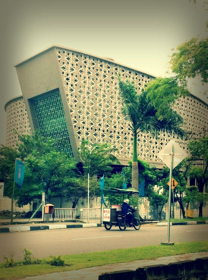Museum Tsunami Aceh di Banda Aceh, Aceh