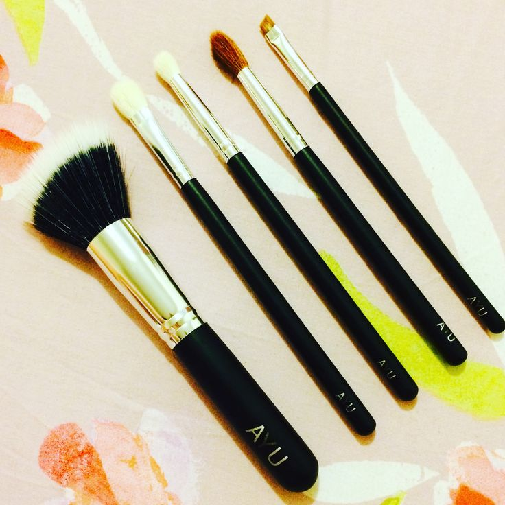Makeup brushes by AYU