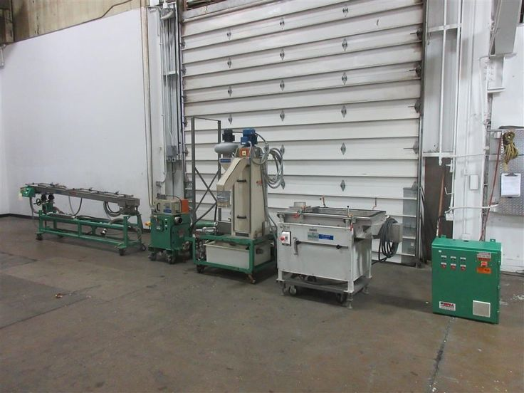 """Used Bay Waterslide Pelletizer, Model SB100 WS Wet Cut 4"""" Width Cutting Head, 6"""" Diameter Rotor, 20 Stellite Knives, Tungsten Carbide Bed Knife, Stainless Steel Lower Roll, Hypalon Covered Upper Roll, 2Hp  12' Long Water Cooling Trough x 8"""" Wide With 5 Spray Bars, Screw Raise/Lower, With 1.5 Hp Spin Dryer, 1/3 Hp Blower, Tube and Shell Heat Exchanger, 3hp Water Pump and Re-circulation System, Beccari Pellet Screener Model TGV Easy, 2012"""