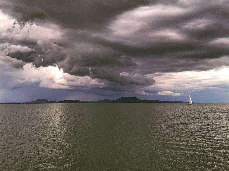 #sailing #moments #balaton #summercolors #sailboat #calmbeforethestorm #tb by…