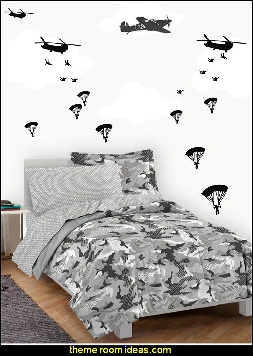Best 25 military bedroom ideas on pinterest boys army for Camouflage wall mural