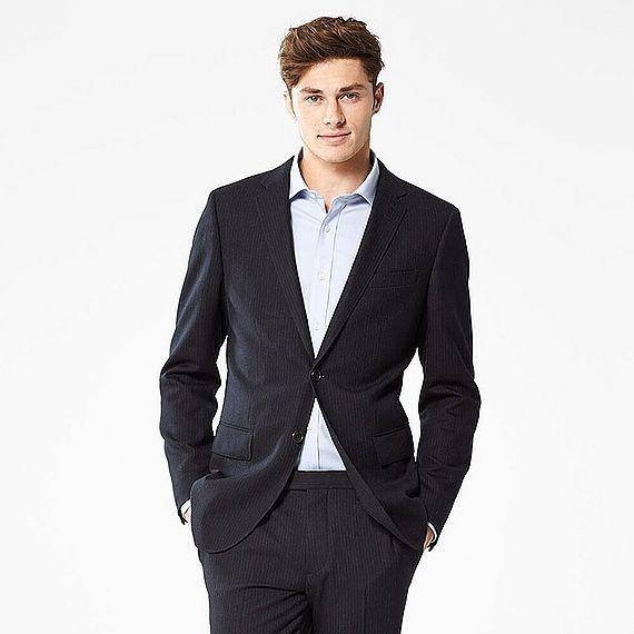 ユニクロのメンズスーツを徹底分析!品質と安さを兼ね備えた意外な良品!