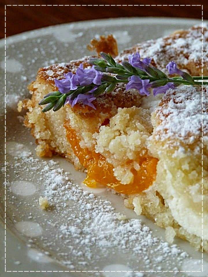 Maminčin ovocný lžícový koláč s tvarohem