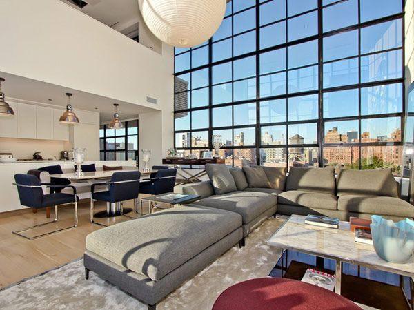 Le rêve américainen plein milieu de New-York ? Ce magnifique penthouse en duplex pourrait bien y ressembler. Occupant le