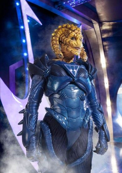 Gwendoline Christie (Brienne in Game of Thrones) as an alien in Russell T. Davies' Wizards vs. Aliens